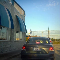 Photo taken at Culver's by Kenneth V. on 10/2/2011