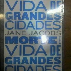 Photo taken at Livrarias Curitiba by Thiago M. on 8/5/2012