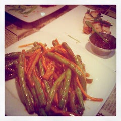 Photo taken at Hawkers Asian Street Fare by Margaret H. on 10/29/2011