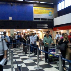 Foto tirada no(a) Check-in TAM por Mauricio N. em 4/9/2012