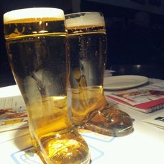 Photo taken at Bier Markt Esplanade by Chris on 3/3/2012