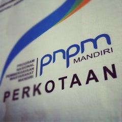 Photo taken at Balai Desa Ponjong by Nurudin J. on 3/9/2012