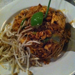 Photo taken at Spice by Katie B. on 7/27/2012