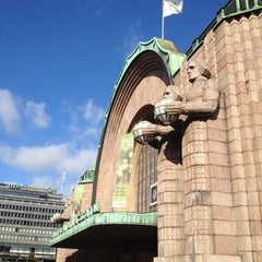 Photo taken at VR Helsingin päärautatieasema by Leon C. on 9/5/2012