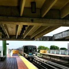 Photo taken at MDT Metrorail - Civic Center Station by Mayra on 8/20/2012