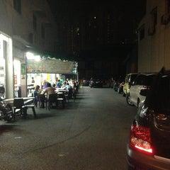 Photo taken at Chun Sheng Yuan Eating House by KT L. on 3/23/2013
