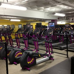 Photo taken at Planet Fitness by KeLLy <3 on 11/22/2012