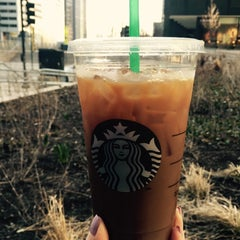 Photo taken at Starbucks by sereneme on 4/1/2015