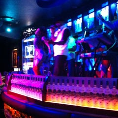 Photo taken at Blue Martini Kendall by Zahara M. on 2/21/2013