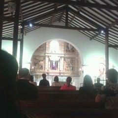 Photo taken at Iglesia La Niña María by Alejo U. on 12/10/2013