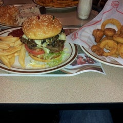 Photo taken at Denny's by Darion W. on 12/11/2012