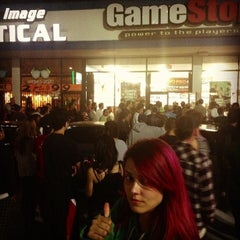 Photo taken at Gamestop by Rachel L. on 9/17/2013