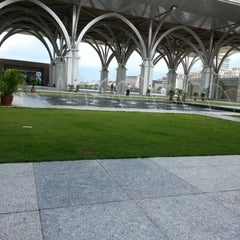Photo taken at Masjid Tuanku Mizan Zainal Abidin (Masjid Besi) by Kay roll on 11/13/2012