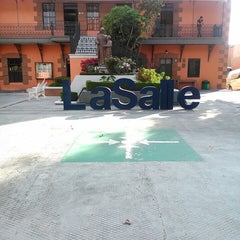 Photo taken at Universidad La Salle Pachuca Campus La Luz by Ceci C. on 8/29/2014