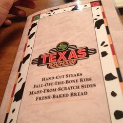 Photo taken at Texas Roadhouse by Saarav P. on 10/30/2012