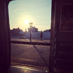 Photo taken at MTA Bus - M60 (LaGuardia Airport) - Astoria Blvd @ 32nd by Jamie S. on 5/7/2015
