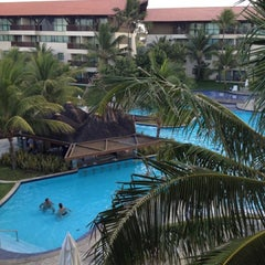 Photo taken at Marulhos Muro Alto Resort by Myllena B. on 3/15/2013