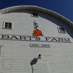 Photo taken at Bart's Farm and Pumpkin Patch by Brett S. on 10/28/2012