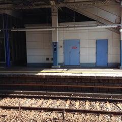 Photo taken at 杉田駅 (Sugita Sta.) (KK46) by Pon N. on 10/28/2013
