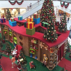 Photo taken at Canoas Shopping by Fernando B. on 12/8/2012