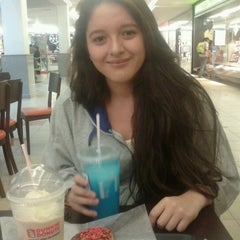 Photo taken at Dunkin' Donuts by Scarlet I. on 2/9/2013