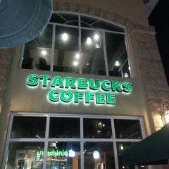 Photo taken at Starbucks   ستاربكس by Dessy I. on 1/26/2013