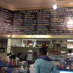 Photo taken at Thomas Sweet Ice Cream Co. by Mason H. on 8/13/2013