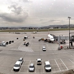 Photo taken at Lufthansa Business Lounge by Stephan B. on 11/12/2012