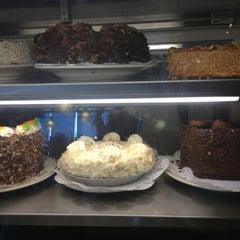 Photo taken at Sherman's Deli & Bakery by Hanna N. on 3/24/2013
