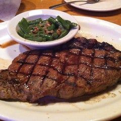 Photo taken at Texas Roadhouse by larry m. on 10/6/2012