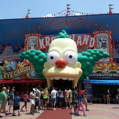 Photo taken at The Simpsons Ride by Walter R. on 5/21/2013