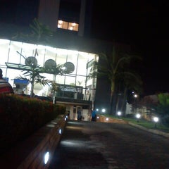 Photo taken at Faculdade Boa Viagem - Campus Boa Vista by Carla Mirela F. on 5/1/2013