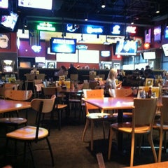 Photo taken at Buffalo Wild Wings by Julio R. on 12/15/2012