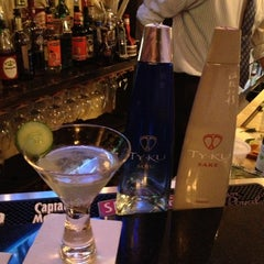 Photo taken at Moshi Sushi Bar by TY KU S. on 11/6/2012