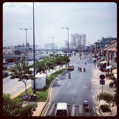 Photo taken at Saigon Centre by elstoly on 2/21/2013