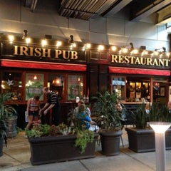 Photo taken at Rí Rá Irish Pub by Jeff E. on 7/6/2013
