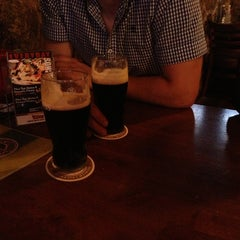 Photo taken at Failte Irish Pub by Minh N. on 8/13/2013