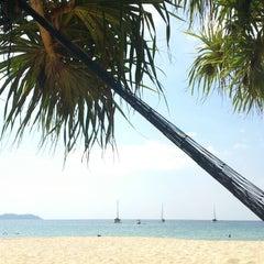 Photo taken at Koh Mook Charlie Beach Resort Trang by Ömer E. on 1/30/2013