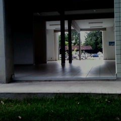 Photo taken at Faculdade de Ciências Agrárias - Universidade Federal do Amazonas by Mayke O. on 3/27/2013
