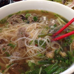 Photo taken at House Of Hunan by jp f. on 11/17/2014
