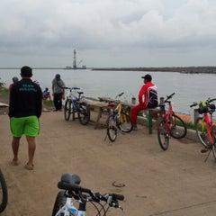 Photo taken at Pantai Marunda by Oyi K. on 12/25/2013