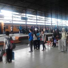 Photo taken at Stasiun Jatinegara by Haris R. on 7/25/2014