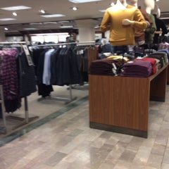 Photo taken at Lord & Taylor by Παναγιώτης Α. on 10/4/2014