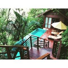 Photo taken at P. P. Erawan Palms Resort (พี พี เอราวัณ ปาล์ม รีสอร์ท) by Matthew O. on 6/29/2015