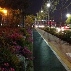 Photo taken at 광평교 by Sop on 5/2/2013
