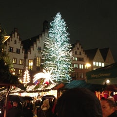 Photo taken at Frankfurter Weihnachtsmarkt by Sven D. on 11/26/2012