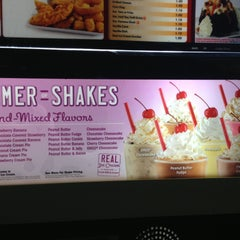 Photo taken at Sonic Drive-In #4609 by Josh on 4/30/2013