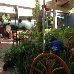 Photo taken at Verde Canela by Sofia G. on 4/2/2013