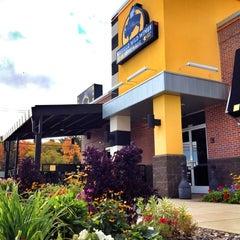 Photo taken at Buffalo Wild Wings by Michael B. on 9/29/2012