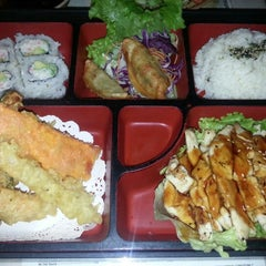 Photo taken at Mo Mo Sushi by Happy Cappy H. on 12/11/2012